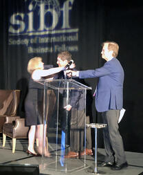 RPO Leader Hire Velocity Chairman Receives Mentor of The Year Award